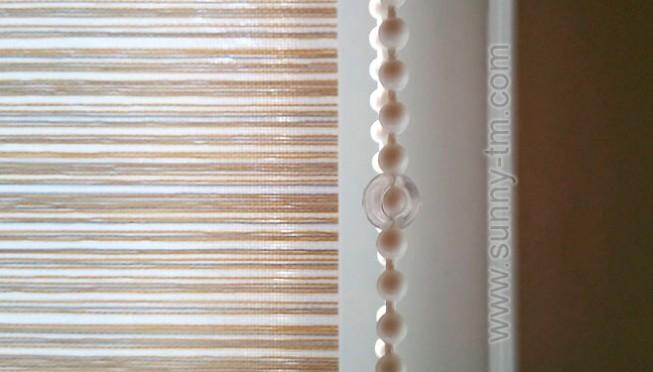 Чому догляд за рулонними шторами не передбачає прання